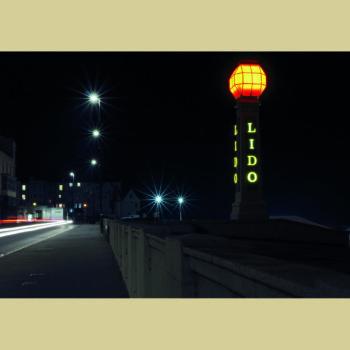 Lido at night photo by Benjamin Finch