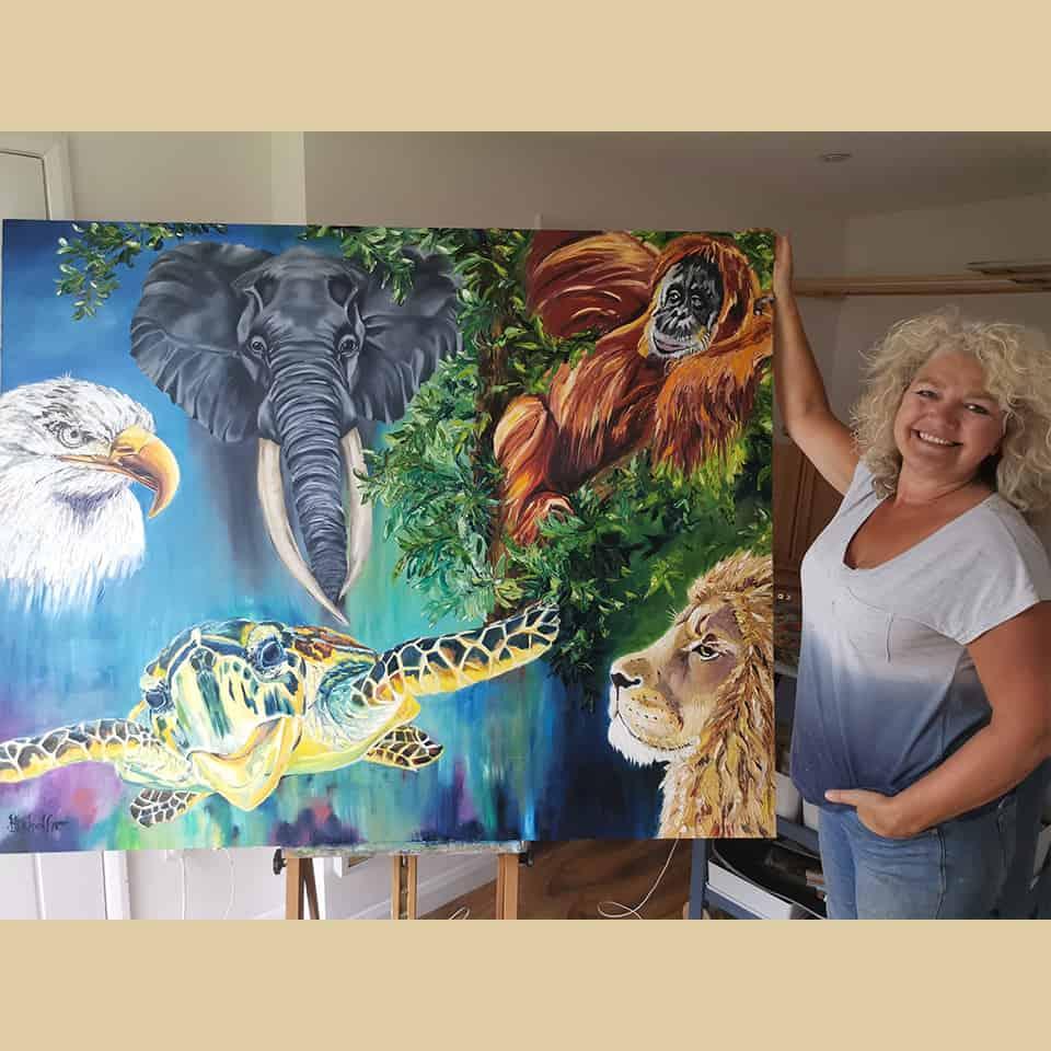 Heidi Schaffner, loving life as an Animal Artist in Kent